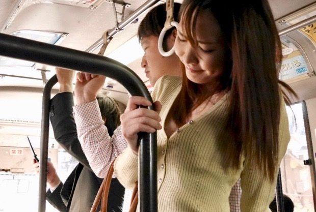 <水沢のの>バスの中で痴漢の餌食にww