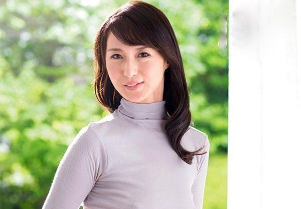 <北川礼子>私で抜いてください!…実はずっとAV女優になりたかったんですww
