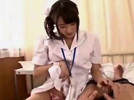 企画:この病院、パンチラだらけwwwwわざと見せつけてるよね!!