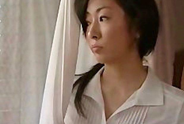 ヘンリー塚本:宅配ドライバーと日々情事に耽る熟女妻ww