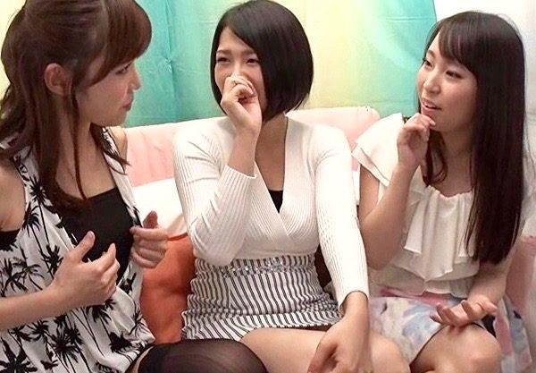 レズ:姉妹同士が初めてのレズ体験で悶絶絶頂www