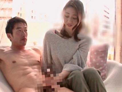 企画:目の前にパパがいるのに知らない男の生肉棒を受け入れる背徳ママ@魔法鏡号