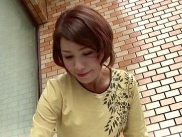内原美智子:居候先の伯母さんの身体がエロすぎたww