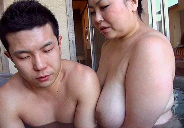 寺島志保:僕と叔母さんには秘密があるww