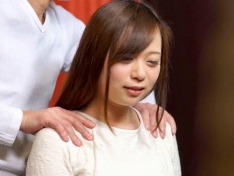 人妻NTR:旦那だけにこの身体を抱かせるのはもったいない!!清楚な人妻が魅せるガチイキアクメww
