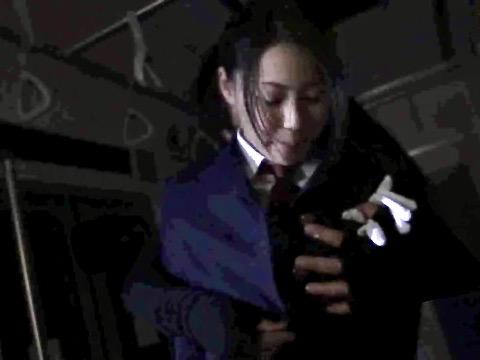 愛田奈々:痴漢に遭った巨乳人妻車掌は、いつしか肉棒求めてオマンコ濡らすww