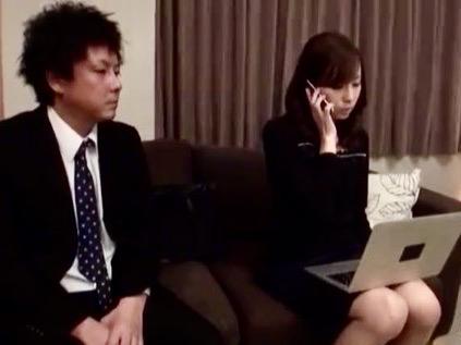 今井真由美:女上司と出張現地一泊!!相部屋になってしまったので問答無用で寝取り姦ww