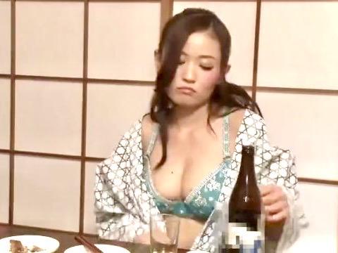 企画:女上司と酒を飲んだら痴女化して手が付けられない!!普段は見せないエロいOLをチャンスとばかりに寝取り姦www