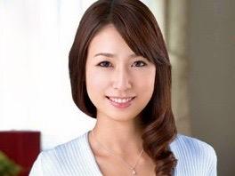 今井真由美:「おばさんがしてあげる❤️」大人の誘惑に耐え切れなくなった青年が寝取った熟女は友人の母親!!