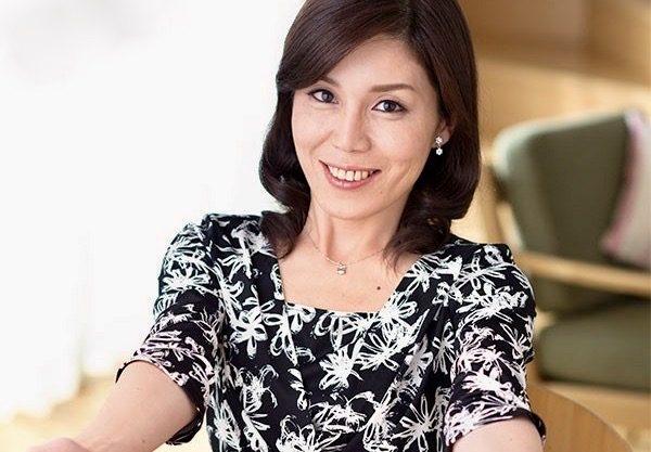 今宮慶子:「この歳で年下のボーイフレンドができるなんて❤️」20代の若い彼氏と今日は楽しいデートの日!!二人っきりで濃厚かつ情熱的なラブラブ中出しSEXを堪能ww