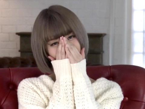 月乃ルナ:初セックスで初々しいリアクション!!アイドルそっくりの新人娘が緊張のAVデビュー寝取られ姦ww