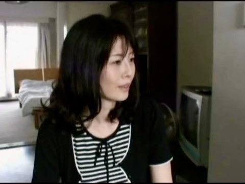 人妻:ヤリ目ナンパと分かっていながら白昼ホテルに直行して肉棒姦通不貞ファックww