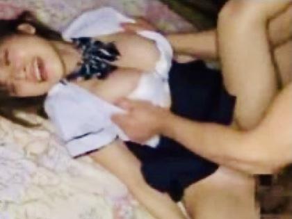 椎名そら:「何するの!!やめて〜!!」東京の女子校生のアイドル級女子マネージャー!!可愛い過ぎるハツラツ娘が獣たちによって喰い荒され絶頂!号泣!悶絶w