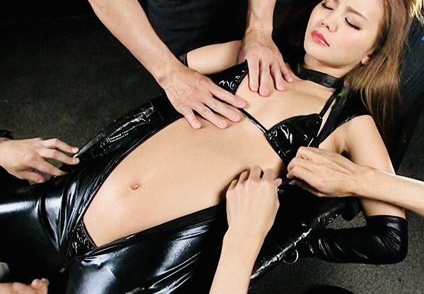 丘咲エミリ:凶悪な集団を壊滅させるべく送り込まれた女スパイの極刑拷問葬送曲w