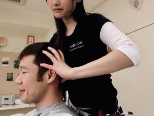 企画:これって、誘ってるの?何回も顔に当たるおっぱいにチンポもフル勃起状態!!欲求不満な美人美容師は積極的にスッキリさせてくれましたw