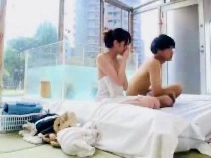 企画:男子学生の勃起チンポが大暴れ!!スケスケのお風呂の中で繰り広げられる若い男女のSEX攻防戦w