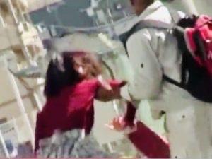 痴漢:「やめて!!お願い…」嫌がるJDオマンコにデカチン生ハメ!!黒人チンポでオマンコ貫かれる女子大生寝取られ姦w