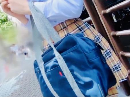 女子校生:「この後エッチしちゃう??❤️」SNSで知り合った現役JKと恋人気分でデート!!制服を着たままの着エロファックw